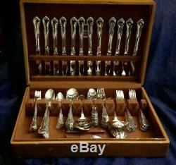 102 ONEIDA COMMUNITY SILVERPLATE Flatware Silverware FREDERICKSBURG IN NAKEN BOX
