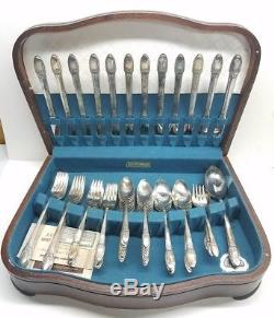1847 Rogers Bros First Love Silverplate Flatware 69 Piece Set With Wooden Case