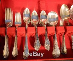 1847 Rogers Bros Remembrance International Silverplate Flatware Set 95 pc +/-Box