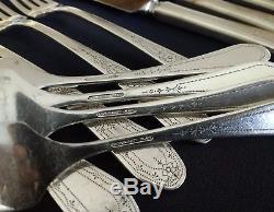 27 Pcs. Oneida Community 1927 Silverplate PAUL REVERE flatware Setting for 4