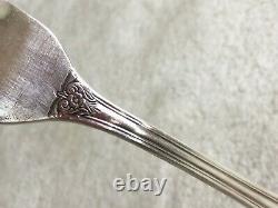 51 pcs 1847 Roger Bros Heritage Silverware Silverplate Flatware Set Wooden Chest