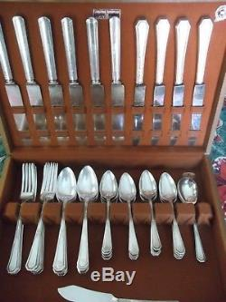 60 Pc. Set. Service for 12 Wm Rogers Silver Plate Flatware (Mayfair) C. 1923