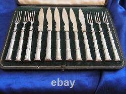 Antique 12 Piece Silver Plated Desert Fruit Cutlery Set Walker & Hall cir 1910