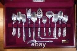 BEAUTIFUL Oneida Community WHITE ORCHID SilverPlate GRILLE FLATWARE SET in Box