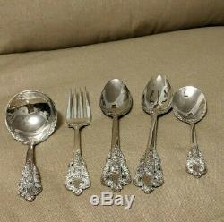 Baroque by Godinger Silver Plate Flatware Set