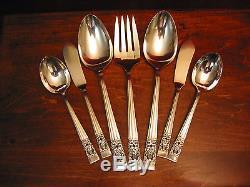 Coronation Silverplate Dinner Set & Chest Oneida Community Flatware 103piece Lot