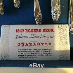 Lovely 74 piece Set Rogers Daffodil Silver Plate Flatware + Box