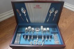 OLD NEW STOCK. ETERNALLY YOURS 1941 Silver Plate Set FOR 8, 1847 Rogers Chest