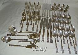 Oneida Community USA Coronation Silverplate Flatware 53pc. Set