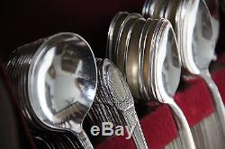 Rogers Bros 1847 First Love Silverplate Flatware Set 112 pcs Remarkable set