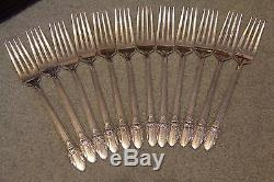 Rogers Bros 1847 First Love Silverplate Flatware Set 66 pcs Remarkable set