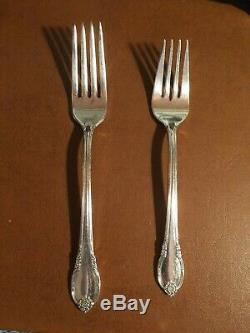 Rogers Bros. 1847 Remembrance Pattern 76 Piece Set Silver Plate Flatware