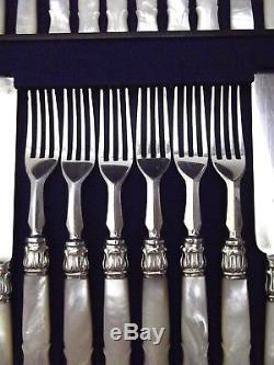 Sheffield 24 Pc CARVED Mother of Pearl Handle Flatware Set & Wood Chest