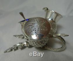 Silver Plated Scottish Thistle Style Cruet Set 12.9cm x 9cm Height A598017