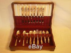 VINTAGE 1847 ROGERS BROS 52 PIECE SILVERPLATE FLATWARE SET FIRST LOVE with CASE