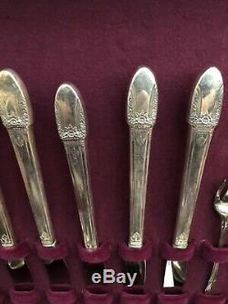 VINTAGE 1847 ROGERS BROS. SILVER PLATE SILVERWARE COMPLETE SET IN CASE 52 Pc