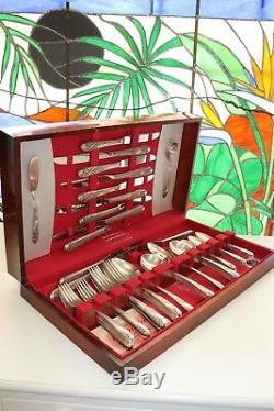 Vintage 1952 Holmes & Edwards Inlaid ROMANCE Flatware Set 63 Piece & Case